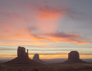 408 sunrise monument valley arizona.654.lightbox