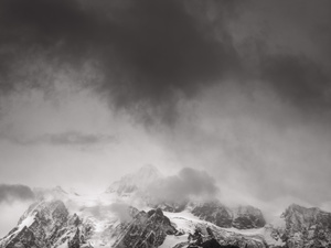 438 mount shuksan stormy skies washington.657.lightbox