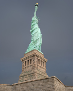 521 our copper lady liberty island new york.738.lightbox